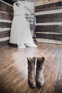 Heritage Farm Wedding - Amber-n-Peter Prep