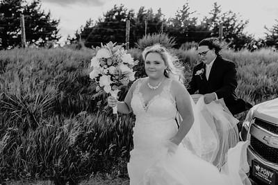 02559©ADHPhotography2020--ANDREWASHTONHOPPER--WEDDING--June6bw