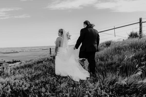 02566©ADHPhotography2020--ANDREWASHTONHOPPER--WEDDING--June6bw