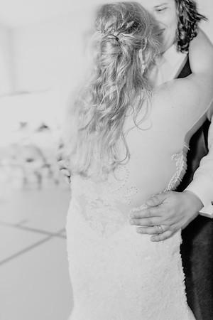 03554©ADHPhotography2020--ANDREWASHTONHOPPER--WEDDING--June6bw
