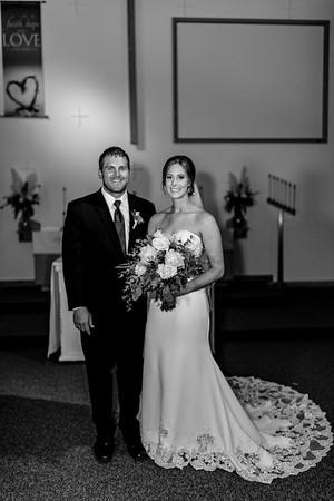 00892©ADHPhotography2020--AndrewLaurenCarpenter--Wedding--JULY18bw