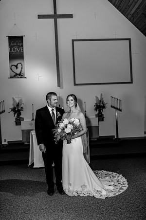 00896©ADHPhotography2020--AndrewLaurenCarpenter--Wedding--JULY18bw