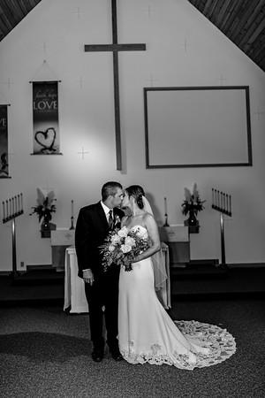 00898©ADHPhotography2020--AndrewLaurenCarpenter--Wedding--JULY18bw