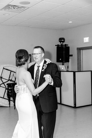 02459©ADHPhotography2020--AndrewLaurenCarpenter--Wedding--JULY18bw