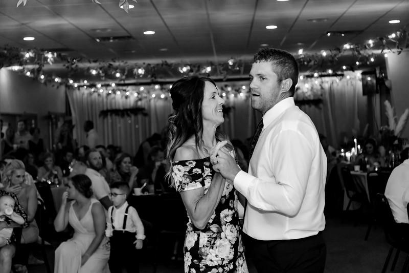 02485©ADHPhotography2020--AndrewLaurenCarpenter--Wedding--JULY18bw