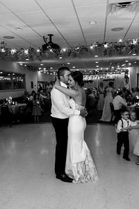 02387©ADHPhotography2020--AndrewLaurenCarpenter--Wedding--JULY18bw