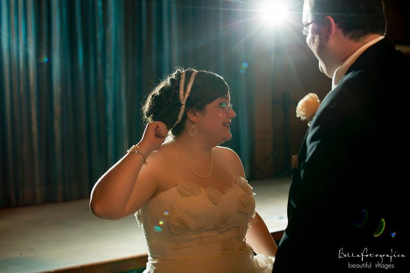 Trinity-UMC-Beaumont-Weddings-Angela-2012-371