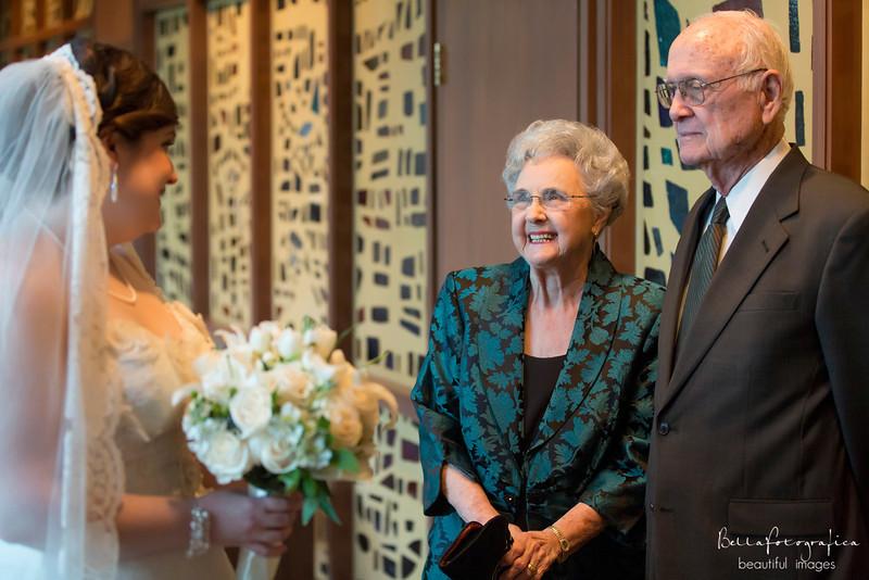 Trinity-UMC-Beaumont-Weddings-Angela-2012-159