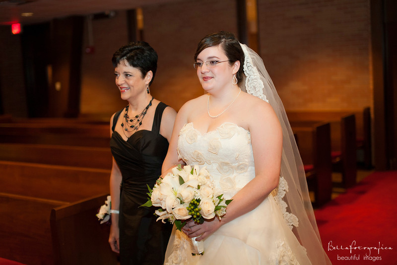 Trinity-UMC-Beaumont-Weddings-Angela-2012-211