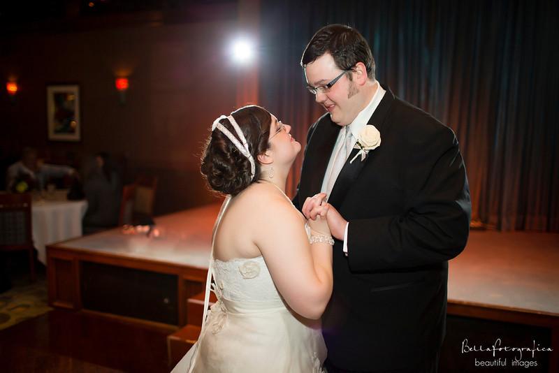 Trinity-UMC-Beaumont-Weddings-Angela-2012-489