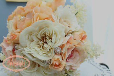Dade City Garden Club Wedding, Dade City Women's Club Wedding, Dade City Wedding Photographer, Tampa Lifestyle Photographer, Spring Wedding, Outside Wedding, Getting Ready, Saint Charles Inn San Antonio FL, Vintage Wedding, Jeweled Wedding Bouquet, Peach Wedding Bouquet
