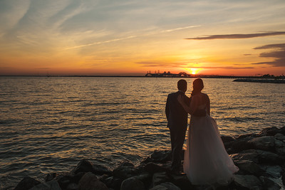 Anne Marie + Mark // Chesapeake Bay Beach Club