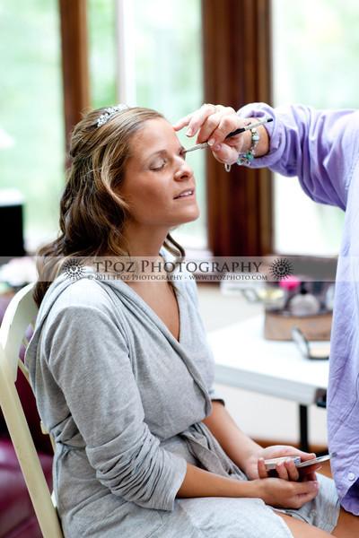Getting Ready - Annemarie+Jeremy