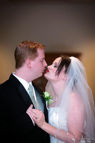 April_Wedding_20090815_229