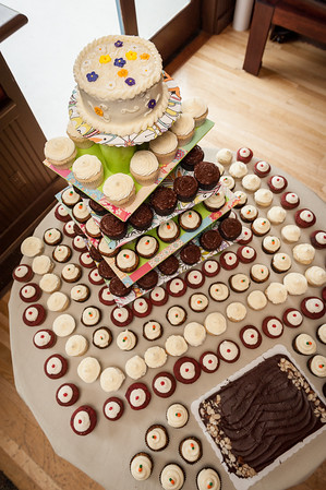 Cupcakes_and _Cake