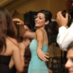 Arti Dancing