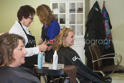 0036_Getting Ready_Ashley & Jon_101213
