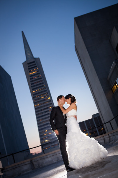 To view Ashley and Bill's wedding gallery and to purchase prints visit: http://colsongriffith.pass.us/ashleyandbill