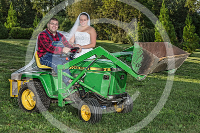 AM008_1377b_081212_181925_5DM3L_TractorSession