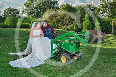 AM005_1348b_081212_180747_5DM3L_TractorSession