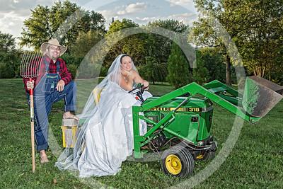 AM025_1434_081212_184439_5DM3L_TractorSession