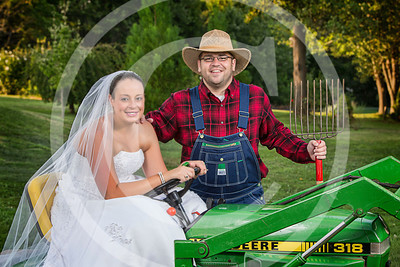 AM027_0381_081212_184911_5DM3T_TractorSession