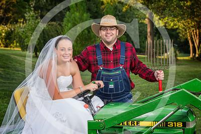 AM027_0381_081212_184911_5DM3T_TractorSession