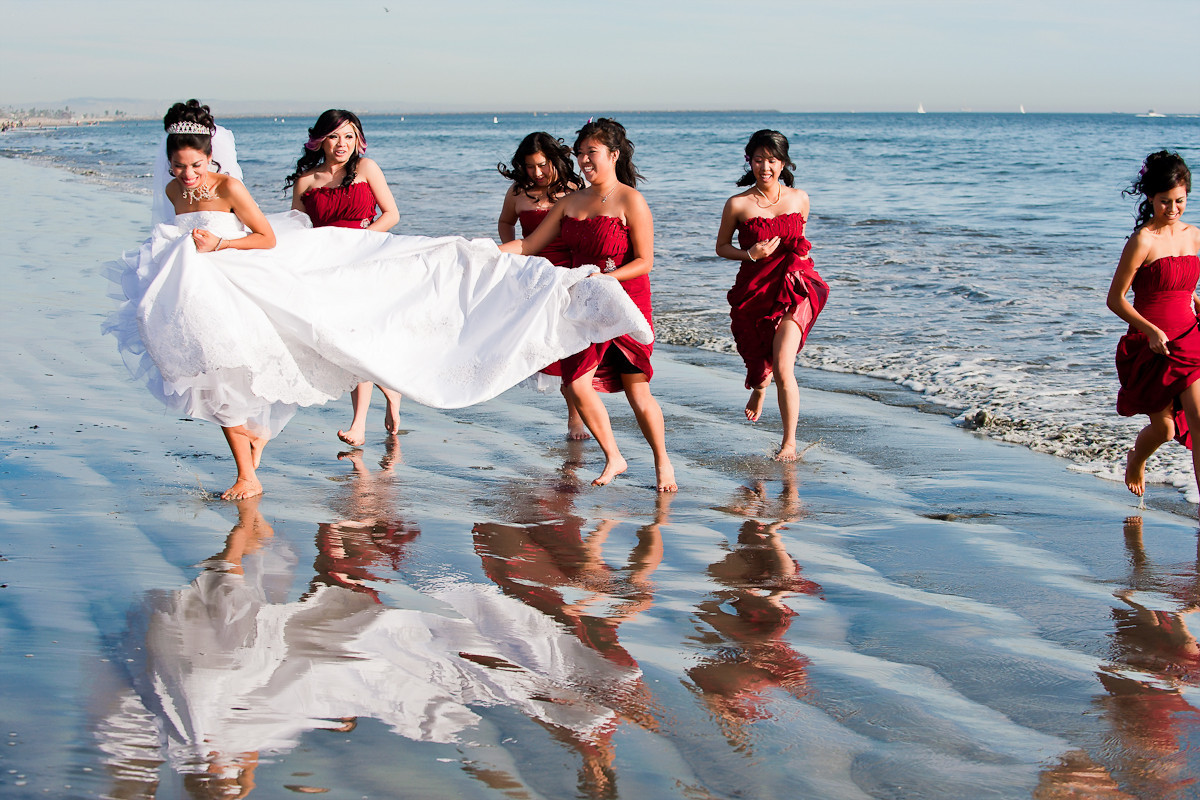 Asian wedding photography will capture any traditional Asian wedding.  Contact Jabez photographer for booking info.