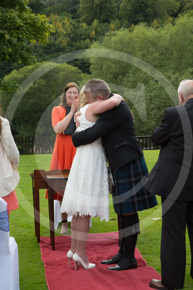 WalkerWeddingDryburgh049
