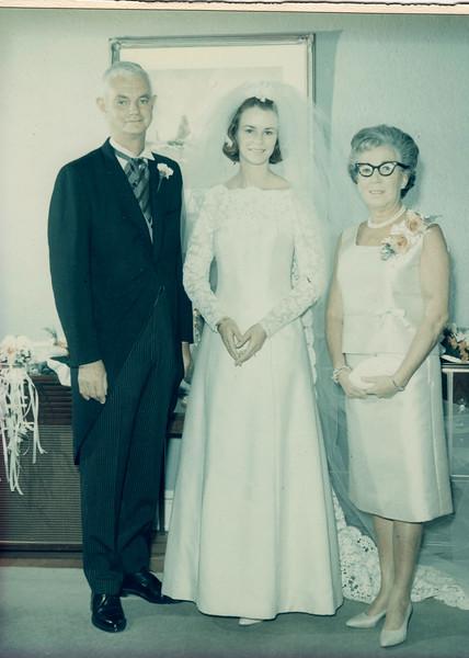 45 Westminster Ave, Elizabeth, NJ. Oz, Barb, Betty before wedding.