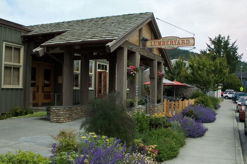 Lumberyard - so good we ate there twice--once for lunch, once for dinner.  Top notch pup food.