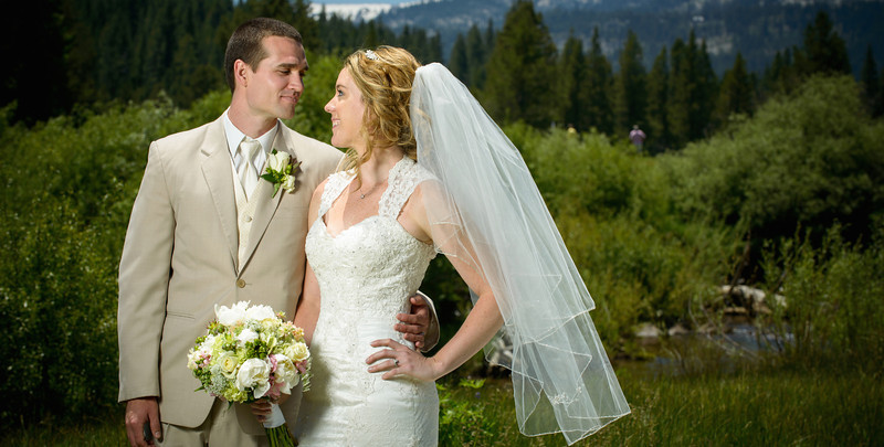 2013_Best_Of_-_Bride_and_Groom_Formal_Portraits__19
