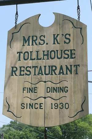 Mrs. K's Toll House & Luncheon