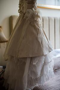 Bo-Mick-009-millbrook-estate-devon-wedding-photographer-rebecca-roundhill