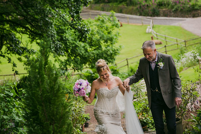 Bo-Mick-029-millbrook-estate-devon-wedding-photographer-rebecca-roundhill