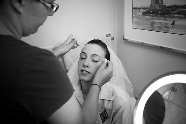 001 Bride Getting Ready