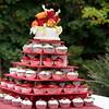 Cupcake cake and table
