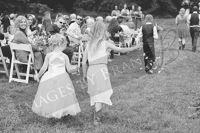 Yelm_Wedding_Photographers_0413_Braun_ds8_3176-2