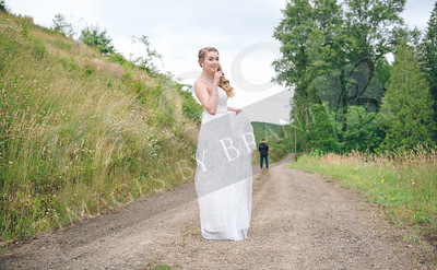 Yelm_Wedding_Photographers_0072_Braun_ds8_2057