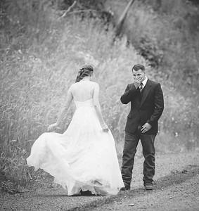 Yelm_Wedding_Photographers_0085_Braun_ds8_2087-2
