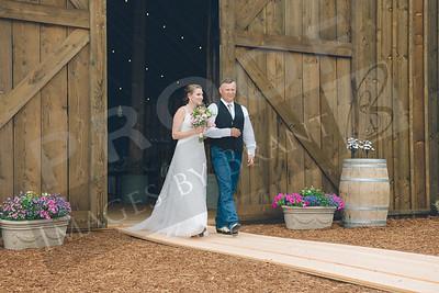 Yelm_Wedding_Photographers_0422_Braun_ds8_3179