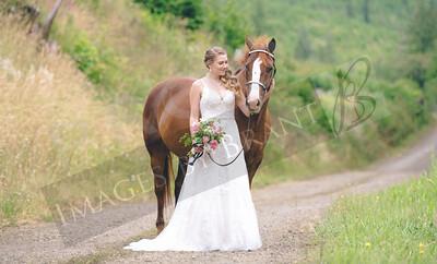 Yelm_Wedding_Photographers_0108_Braun_ds8_2227