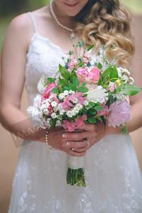 Yelm_Wedding_Photographers_0150_Braun_ds8_2526
