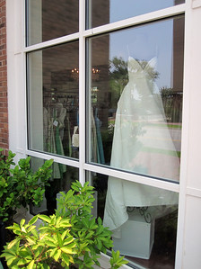 WHITE Anne Bridal Gown 002