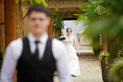 Garboden Bride and Groom Images