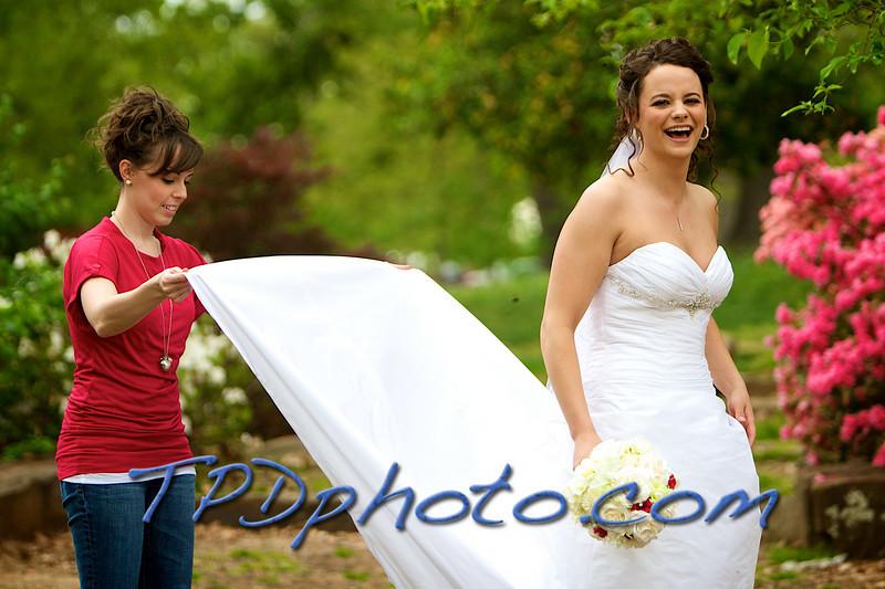 04-25-09 Mel's Bridal 16