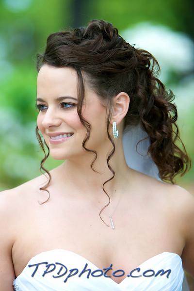 04-25-09 Mel's Bridal 15