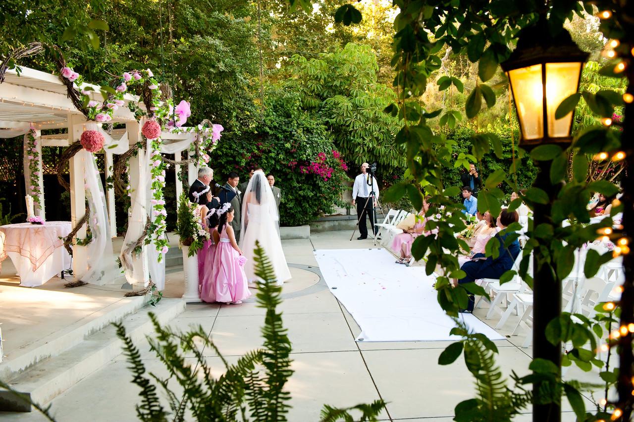 Calamigos Ranch equestrian outdoor wedding ceremony