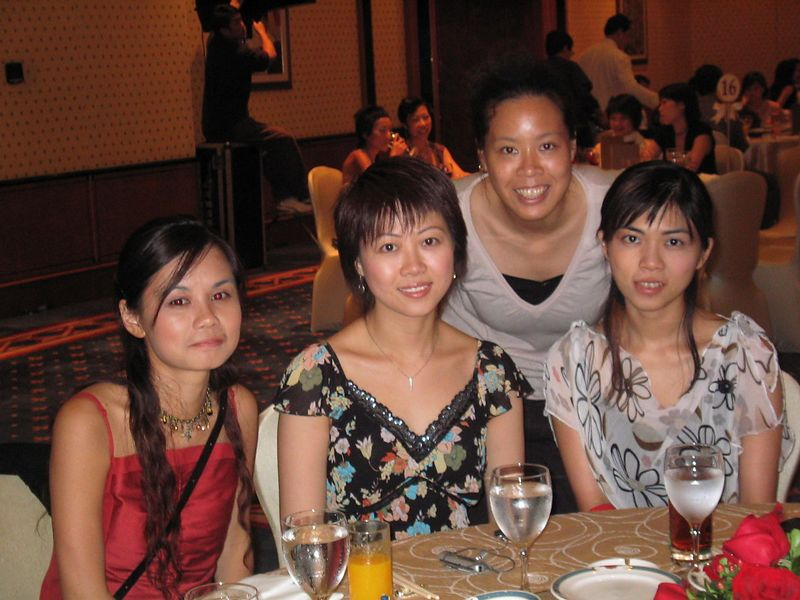 (From left to right): Yan Yan, Charing, Jaonne, Pauline