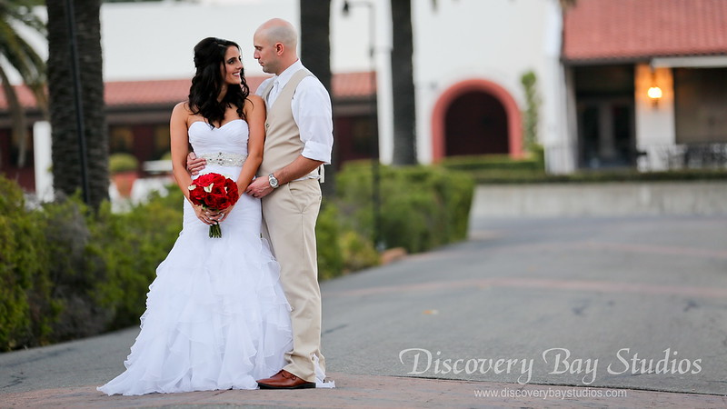 PLAY VIDEO - Castlewood Country Club Wedding 8-18-2018